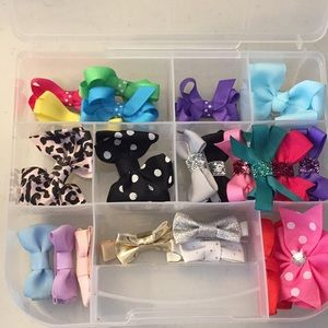 Other - Baby hair clips 25 pieces plus box lightly used